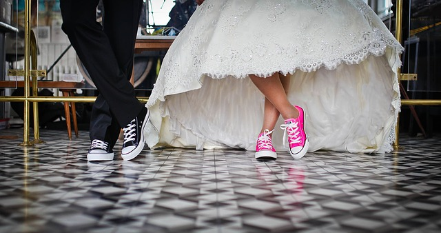 How To Get Into Wedding - The Wedding Shoes