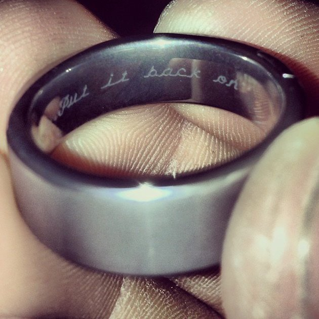 Michigan Couple Wedding Ring message put it on became viral
