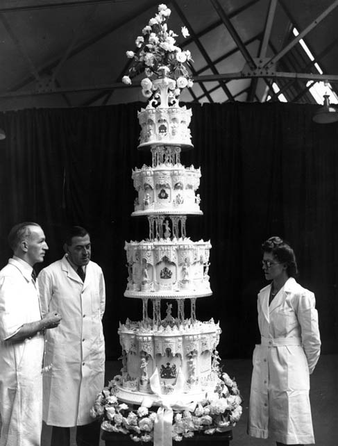 Queen Elizabeth Prince Philp Wedding Cake