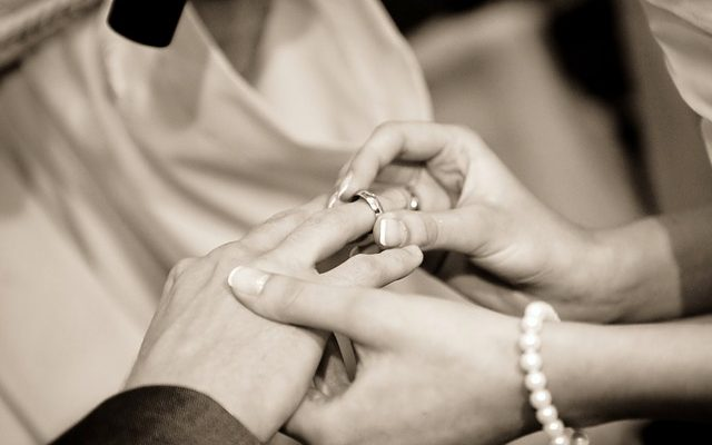 This Woman's Facebook Post About Her $130 Wedding Ring Is Truly Inspiring and Admirable